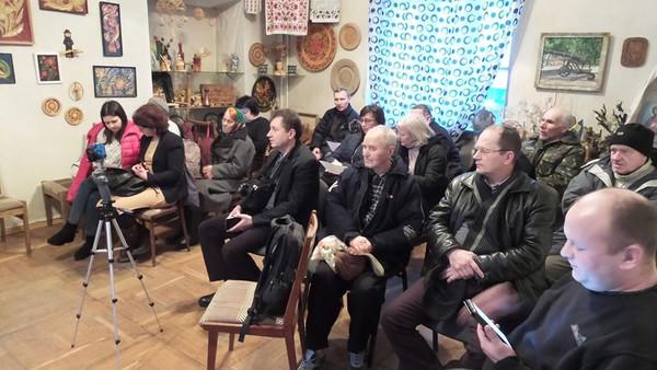 «Лента за лентою» — популярна повстанська пісня лунала в чернігівській «Просвіті»