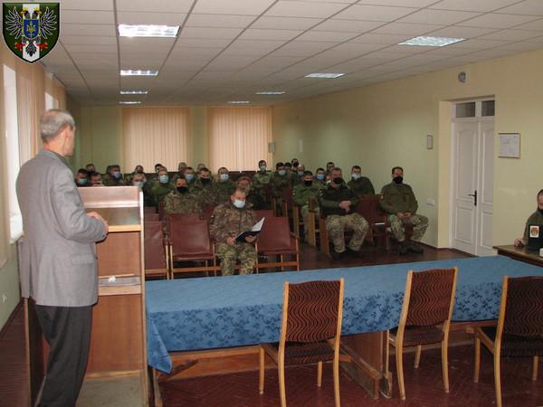 Військовослужбовці у Чернігові пам'ятають Героїв Небесної Сотні