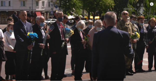 День Героїв у Чернігові громадськість відзначала разом із владою