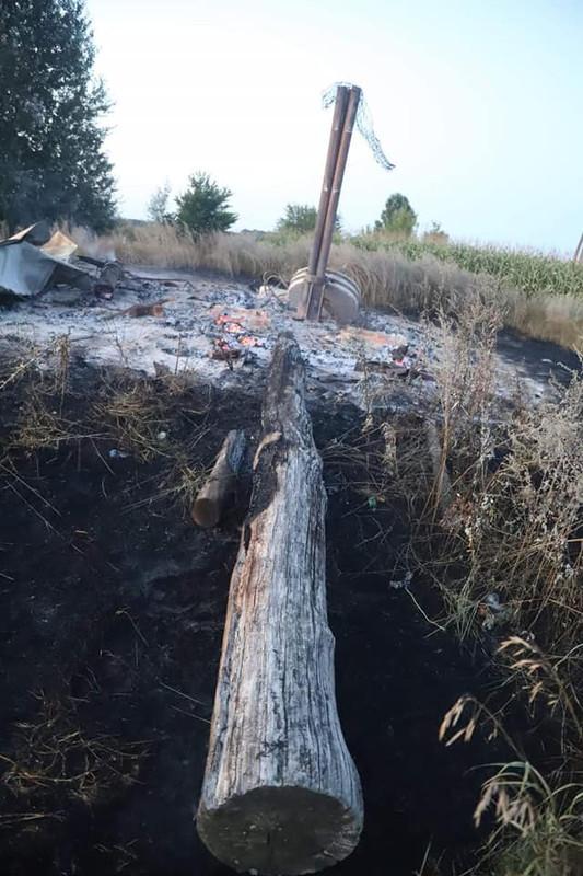 На Чернігівщині згорів 100-річний дерев'яний вітряк